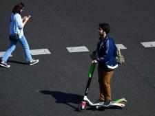 Maassluizers niet geïnformeerd over komst van deelscooters GO Sharing; mensen klagen