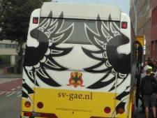 Geen treinen: Go Ahead Eagles-bus dwars door Zwolle