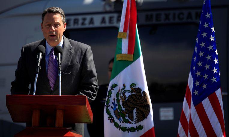 Amerikaans ambassadeur John D Feeley.