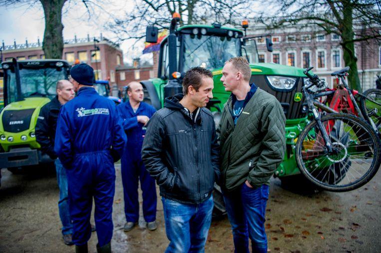 Boeren bij het protest in Haarlem. Beeld Hollandse Hoogte, Michel Utrecht
