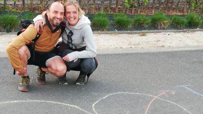 Vrienden organiseren virtueel huwelijksfeest voor Iris en Pieter, Radio Barbier zet dj in voor de muziek