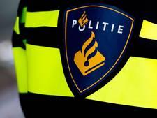 Fietsende jongeren slaan kinderen in elkaar in centrum Apeldoorn