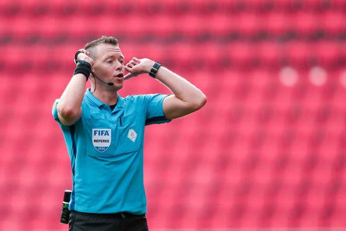 Allard Lindhout tijdens het oefenduel tussen PSV en Eintracht Frankfurt.