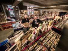 Muziekbank in Enschede flink uitgebreid met 11.000 cd's