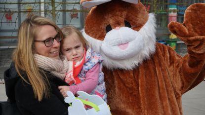 Sint-Barbaracollege nodigt nieuwkomertjes uit om paaseieren te rapen