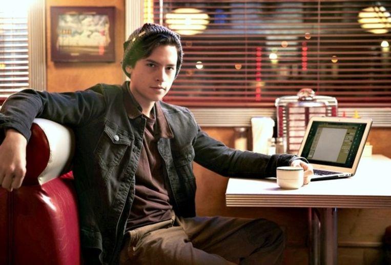 Cole schittert nu als Jughead in de Netflix-reeks 'Riverdale'.