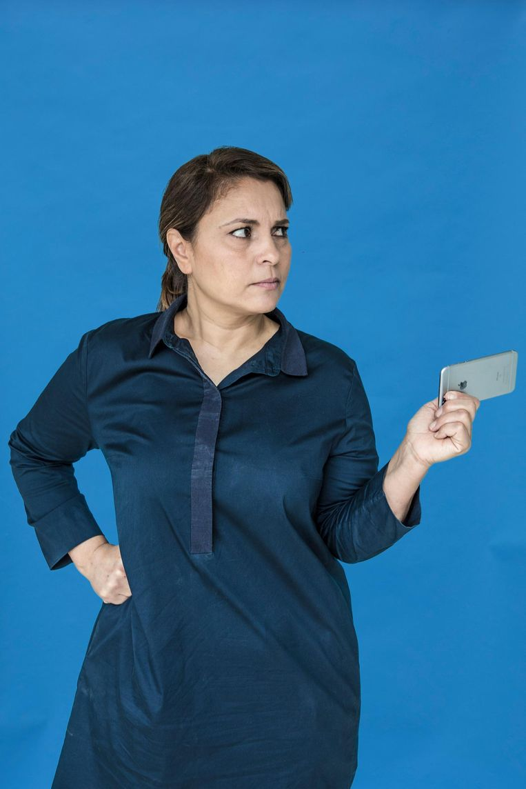 Naima Ajouaau (49) Heerhugowaard Stemt: PvdA Werk: coach en adviseur (zzp); richtte de Facebookpagina 'Nietmijnislam' op Beeld Marlena Waldthausen