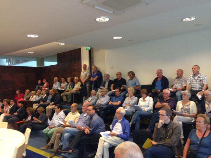 Volop belangstelling voor de discussieavond over bouwplan Akkerlanen in Waalwijk in 2017.