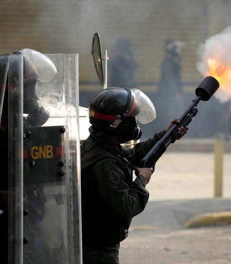 Zeker twaalf doden bij gevangenisoproer Venezuela