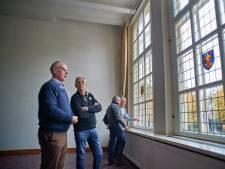 Glas-in-lood terug in Erps Raadhuis: eerbetoon aan dappere burgemeester