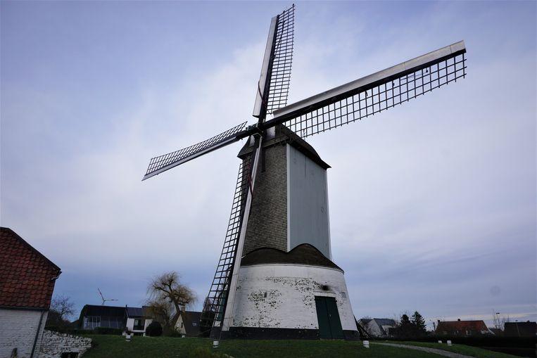De Oostmolen in Gistel.