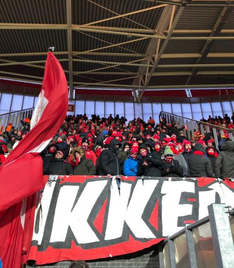 Fans FC Twente massaal naar Vitesse voor cruciaal duel