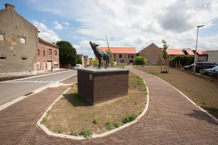 Nieuw plein in Grote spouwen waardoor de dorpskern opgewaardeerd is.