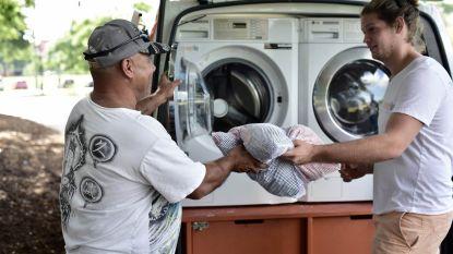 Gratis mobiele wasservice voor daklozen verovert de wereld