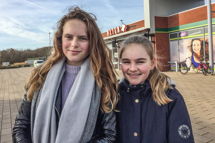 Nina van Daatselaar (l) en Charlotte Stoutjesdijk.