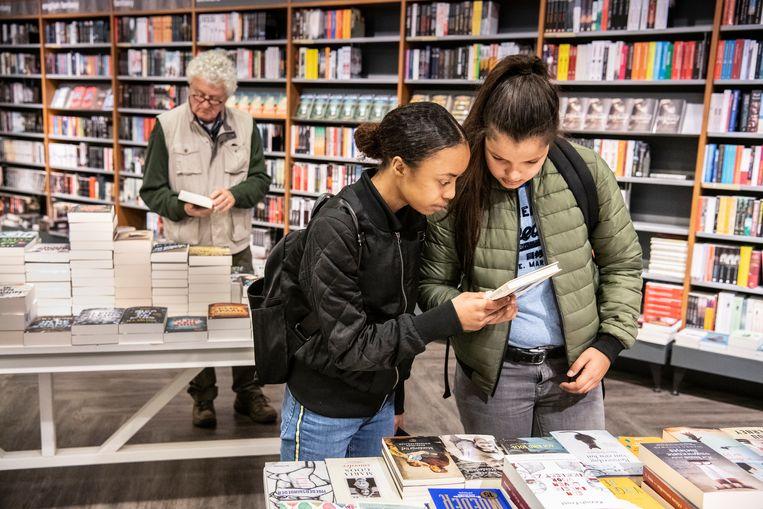 Boekhandel Dekker van de Vegt in Nijmegen wist te overleven dankzij crowdfundingsacties. Beeld Koen Verheijden