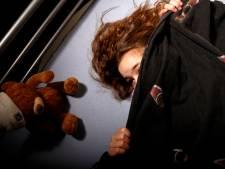 Moeder uit Nijkerk betrapt vriend (46) op misbruiken van haar dochter (10)