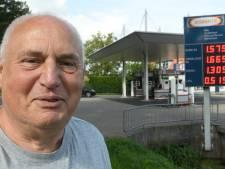 Cor (74) runt de allergoedkoopste benzinepomp van Utrecht en dit is hoe hij het doet
