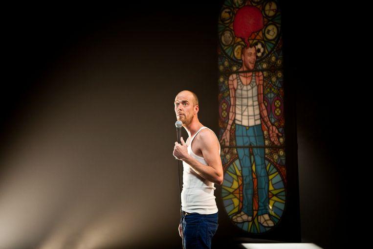 Steven Mahieu brengt de avondvullende voorstelling 'Zonder Filter'.