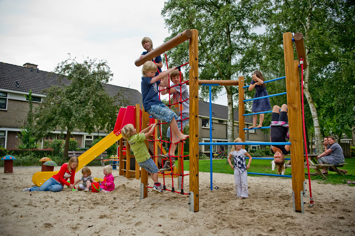 Een buurttuin, speeltoestellen of meer groen in Scheveningen? De bewoners beslissen.