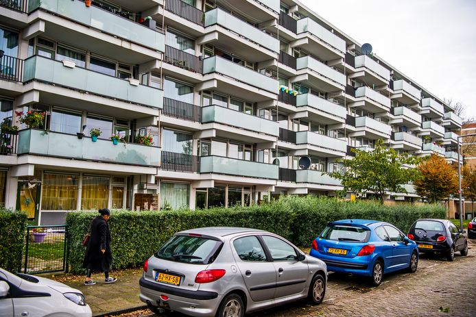De flats aan de Heindijk in IJselmonde gaan als eerste van het gas af.