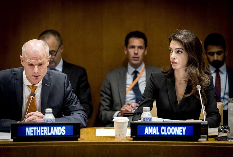 Blok en Clooney in New York. 'Proces en alle publiciteit helpen.' Beeld ANP