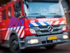 Brand bij garagebedrijf in Schiedam snel onder controle