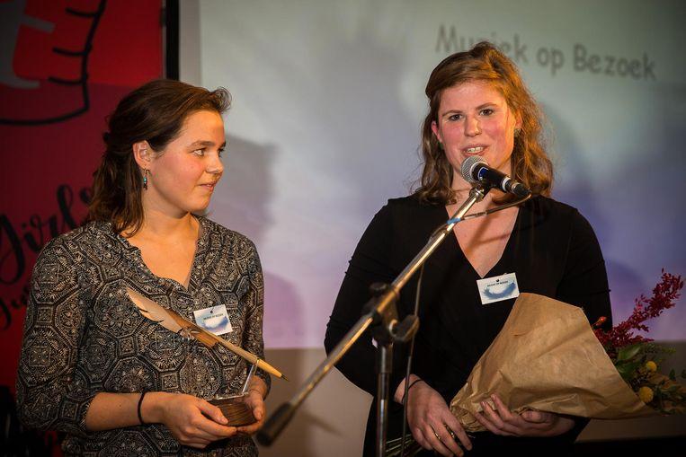 Winaars Helena Faes en Saskia Van Herzeele van 'Muziek op Bezoek' namen het woord tijdens de prijsuitreiking.