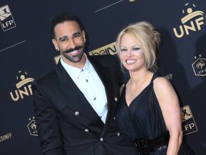 """Adil Rami est un monstre"": l'ex de Pamela Anderson réplique"
