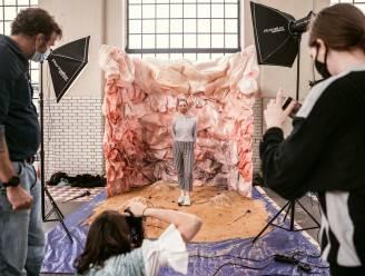 Fashion crew begeleidt fotografiestudenten tijdens workshopweek