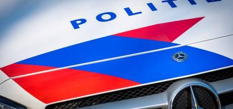 Groep jongeren wil in Kampen sloopauto's in brand steken: dikke boete als ze dat nog 's wagen
