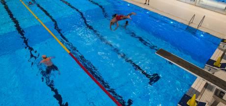 Recreatief zwemmen beperkt en deel zwemlessen afgelast in Tilburgse baden
