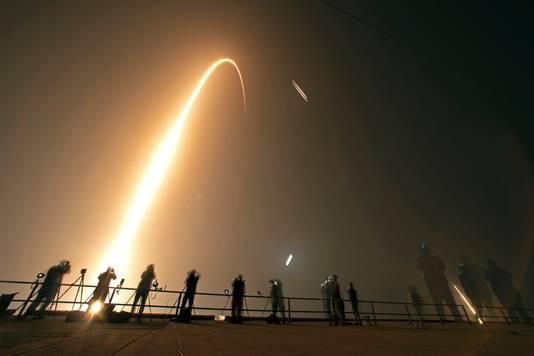 De derde lancering van de Falcon Heavy beloofde een ingewikkelde klus voor SpaceX te worden.