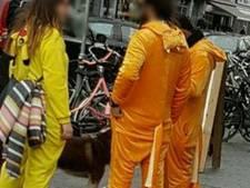 Oranjetoeristen gespot in centrum Rotterdam