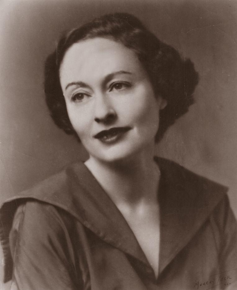 Schrijfster Ida Simons is herontdekt. Haar boek 'Een dwaze maagd' houdt zich nu knap staande tussen thrillers en voetbalbio's. Beeld Trouw