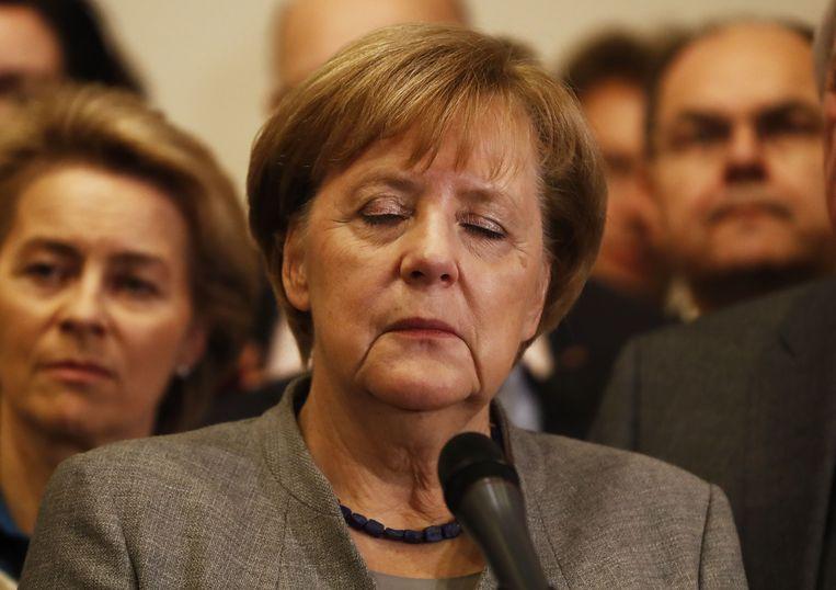 De Duitse bondskanselier Angela Merkel keek vannacht bezorgd na het mislukken van de onderhandelingen van de Jamaica-coalitie.