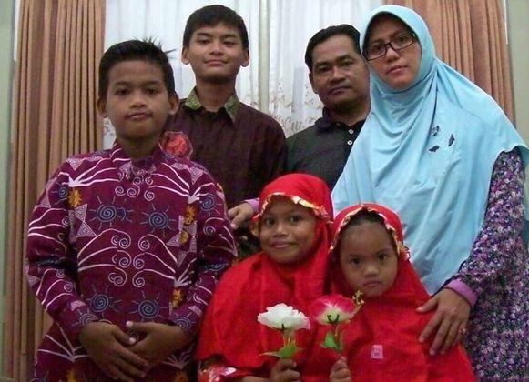 Deze familie pleegde zelfmoordaanslag in Indonesië