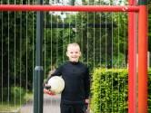 Voetbalfanaat Mels Drost (11): 'Hoe Ajax het nu doet, vind ik heel goed'