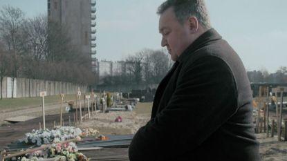Tussen kisten, kransen en koffietafels: begrafenisondernemers centraal in 'Komen te gaan'