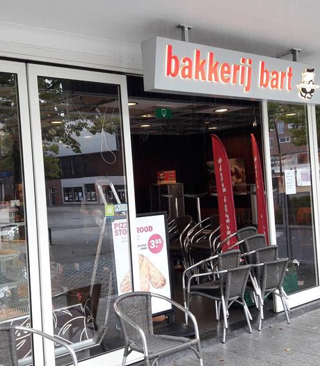 Bakker Bart Hengelo dicht vanwege waterschade