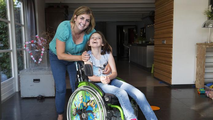 Renée Ruisch met dochter Robin: 'De lezers moeten een positief gevoel hebben na het lezen.'