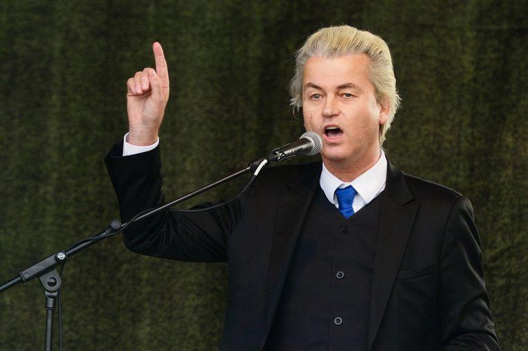 Geert Wilders spreekt het publiek aan in Dresden. Beeld anp