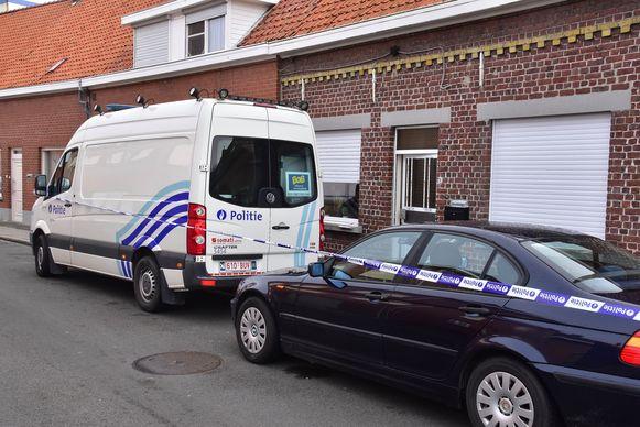De feiten speelden zich af in een rijwoning in de Lysbrugstraat in Ingelmunster.