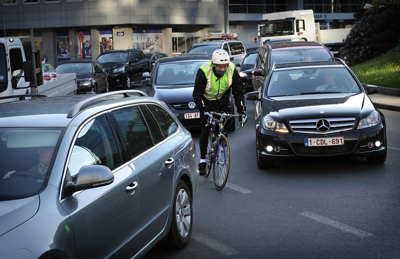 Fietsen blijkt drie keer dodelijker dan autorijden.