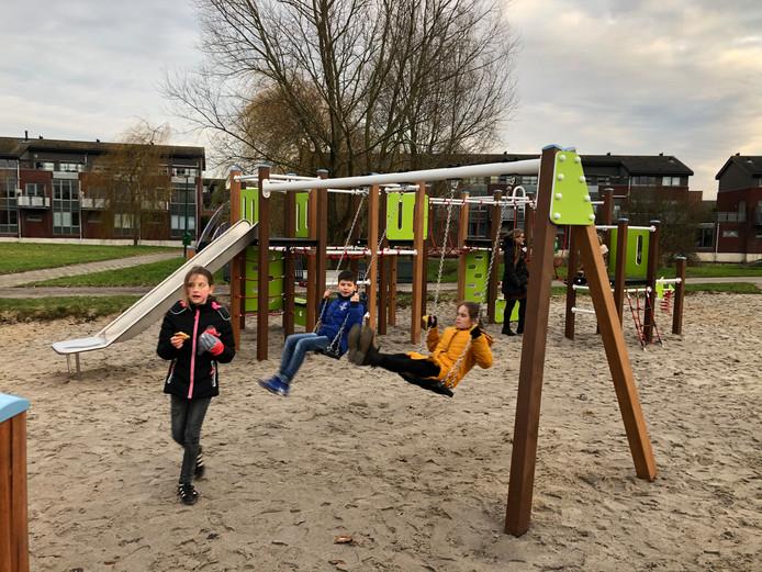 Twee speeltuinen in Soest zijn volledige vernieuwd.