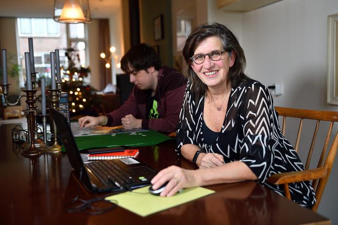 Jacqueline Hakkenberg kreeg veel reacties op haar aanklacht tegen de gemeente over de zorgaanvraag voor haar autistische zoon.
