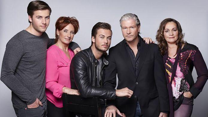 V.l.n.r. Donny, Luciënne, Dave, Dries en Honoria.