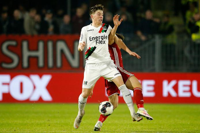 NEC'er Ole Romeny stond tegen Almere City in de basis.