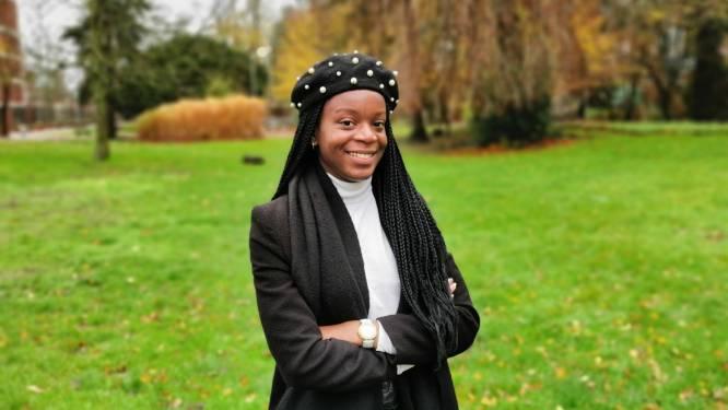 Eunice Yahuma (22) legt eed af als nieuw gemeenteraadslid in Halle