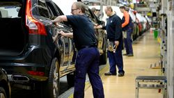 Vakbonden Volvo Cars Gent vragen staking aan